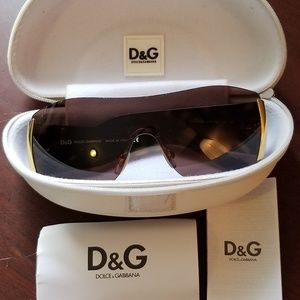 EUC- AUTHENTIC Dolce & Gabbana Sunglasses
